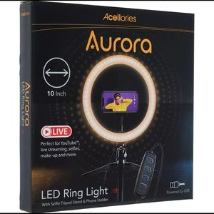 New in box Aurora LED ring light with phone stand